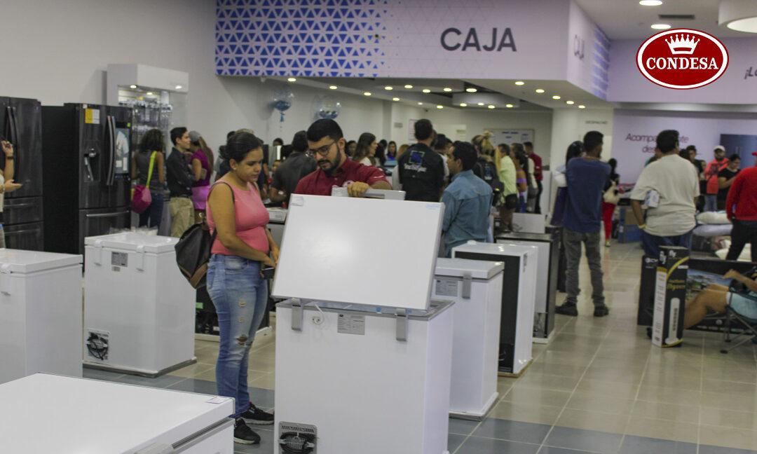 Condesa inició con éxito gran apertura de Multimax Store